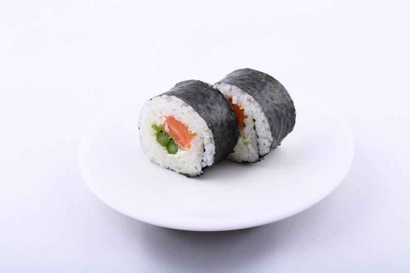 Futomaki saumon et takuan les 2