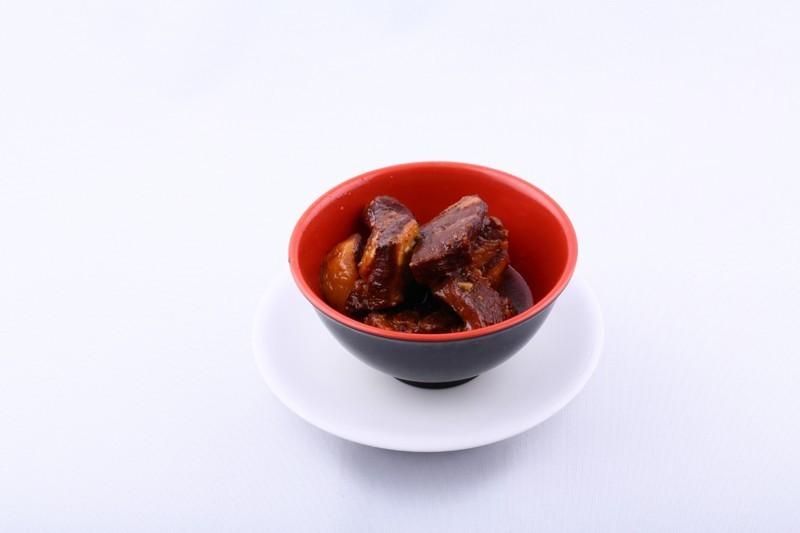 Porc caramélisé au saké